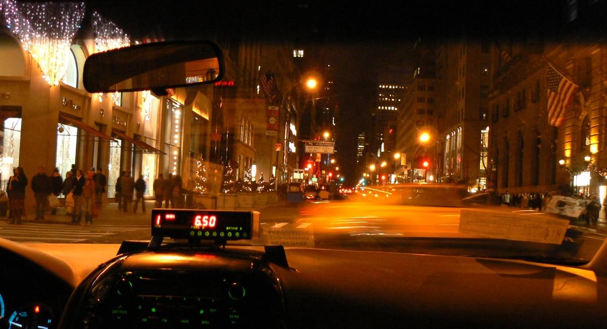 アイコスはタクシー内で吸える?4人の運転手に聞いてみた!!