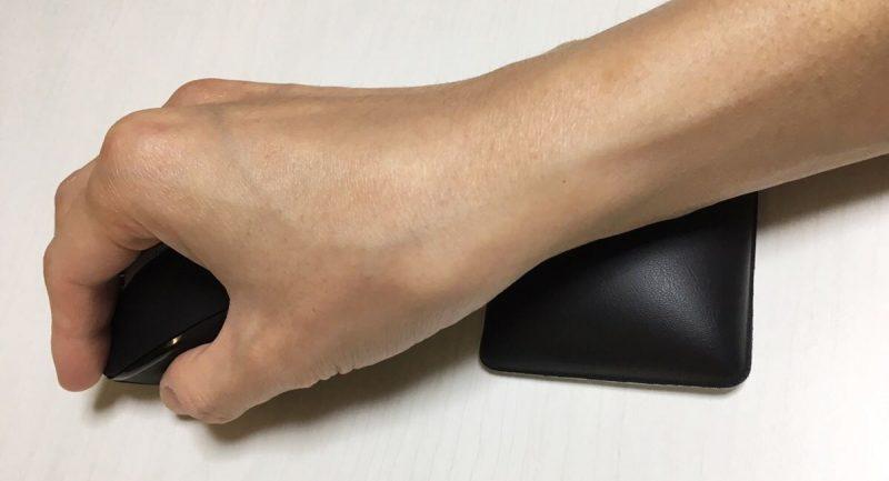 マウスで手首が痛いなら「リストレスト」がおすすめ!!